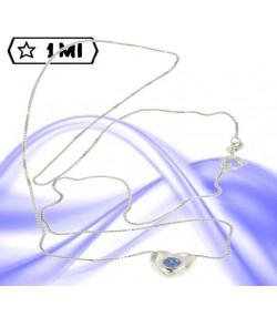 Raffinata collana in oro bianco con cuore e zaffiro blu