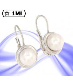 Eleganti orecchini pendenti in oro bianco con perla