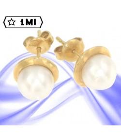 Eleganti orecchini in oro giallo con perla