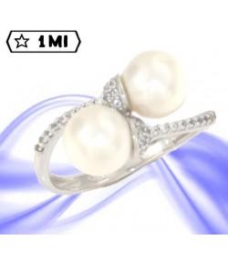 Elegante anello contrariè in oro bianco con perle e pavé di zirconi