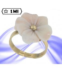 Bellisimo anello in oro giallo con corallo mediterraneo rosa naturale