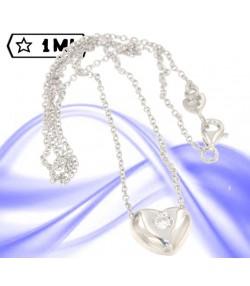 Bellissimo punto luce a cuore in oro bianco con diamante naturale da 0,10 ct